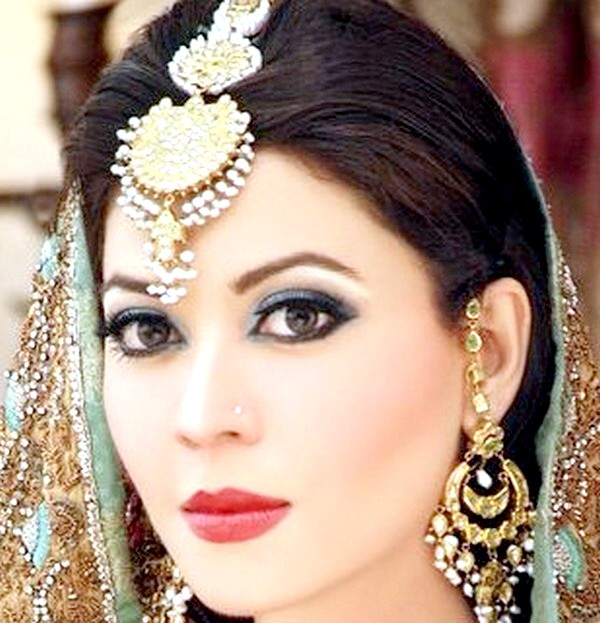 Asian Bridal Makeup Training Bridal Makeup Smokey Eye ...