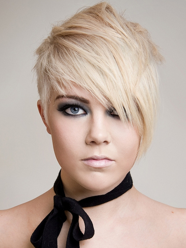 Emo Hairstyles Girls Short Hair Color Ideas And Styles For 2018