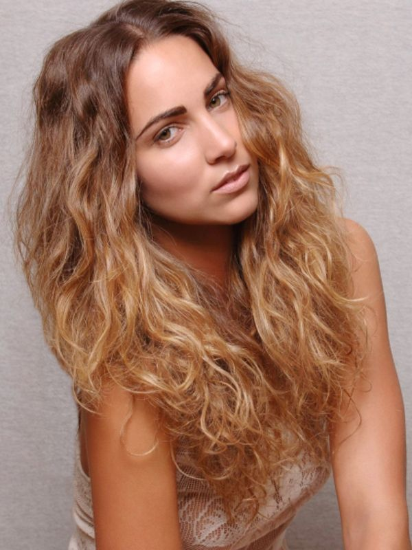 How To Style Wavy Frizzy Hair Pleasing Hairstyles For Long Wavy ...
