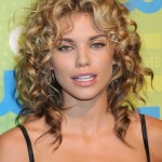 Hairstyles For Curly Frizzy Hair 9