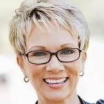 Short Hairstyles For Women Over 50 7