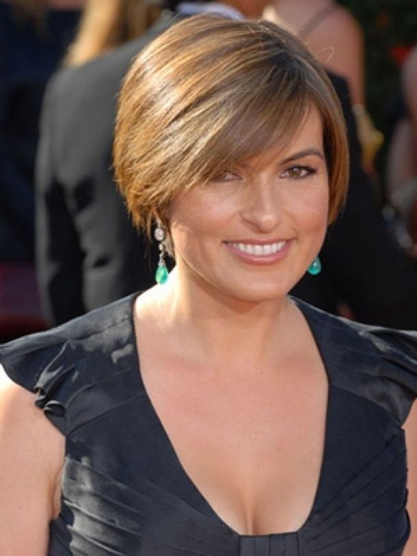 Short Hairstyles For Women Over 60 5