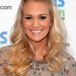 Carrie Underwood Hairstyles for Winter Season